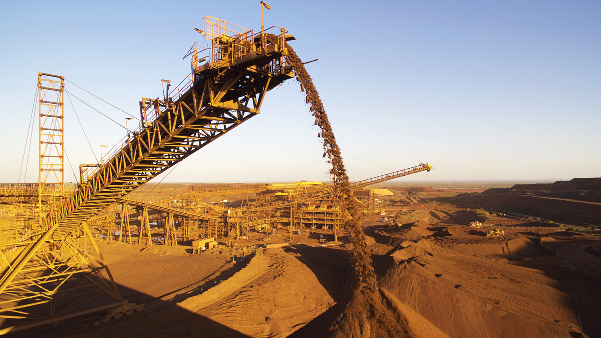 iron-ore-mining2